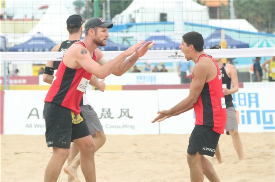 Olympic gold medallist Cerutti and Filho through to last 16 at FIVB Beach World Tour event in Xiamen