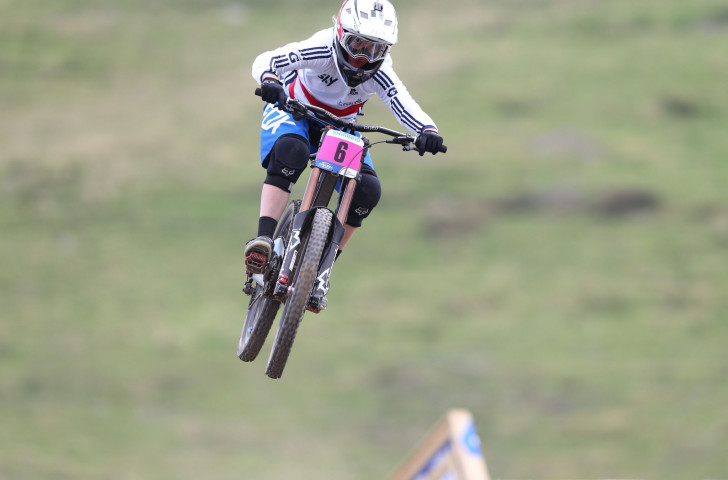 Tahnee Seagrave beat her British rival, world champion Rachel Atherton, to gold at the opening World Cup of the season ©Getty Images
