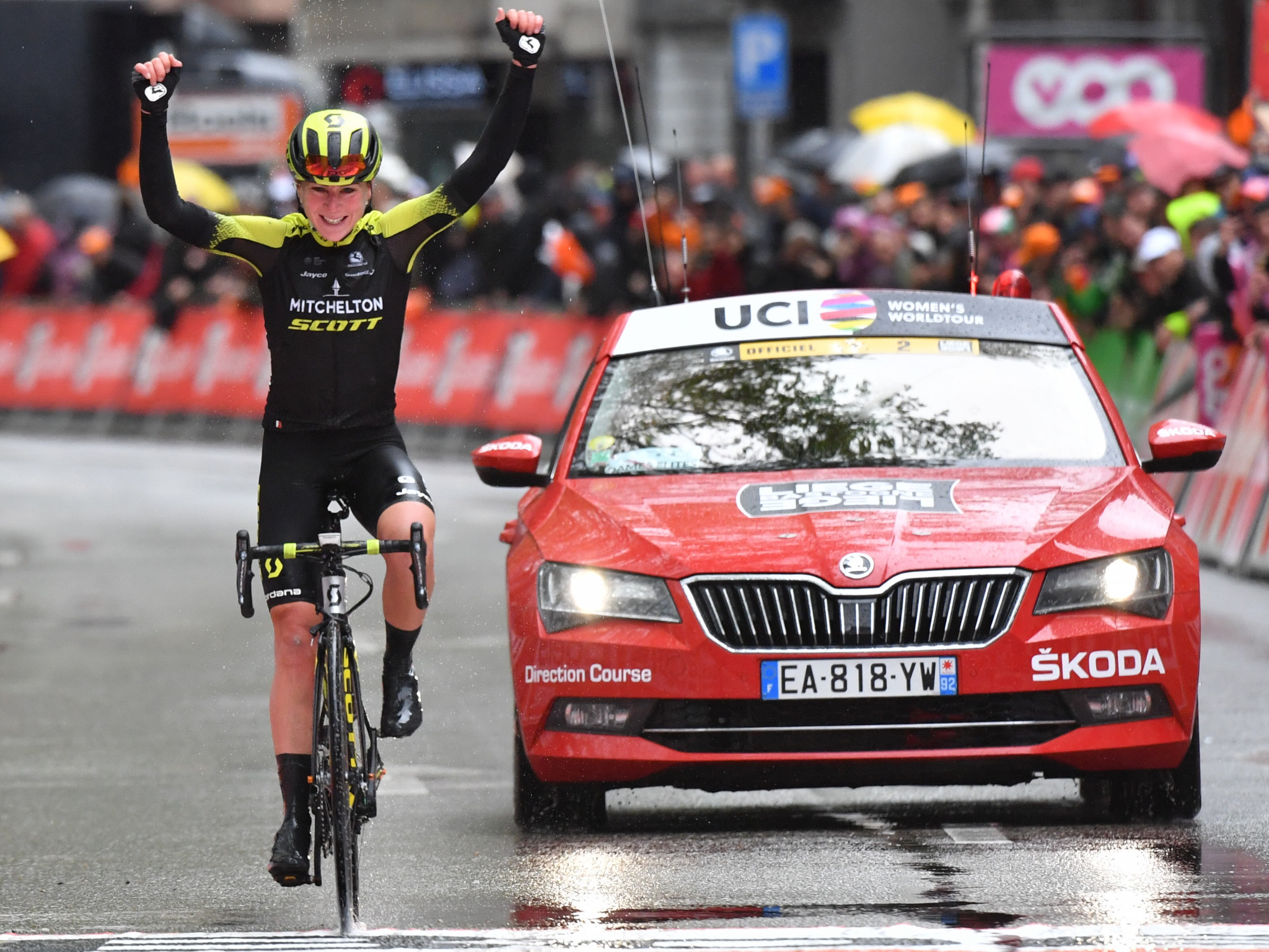 Annemiek van Vleuten comes home to win the women's title at the third Liège-Bastogne-Liège race to be staged ©Getty Images
