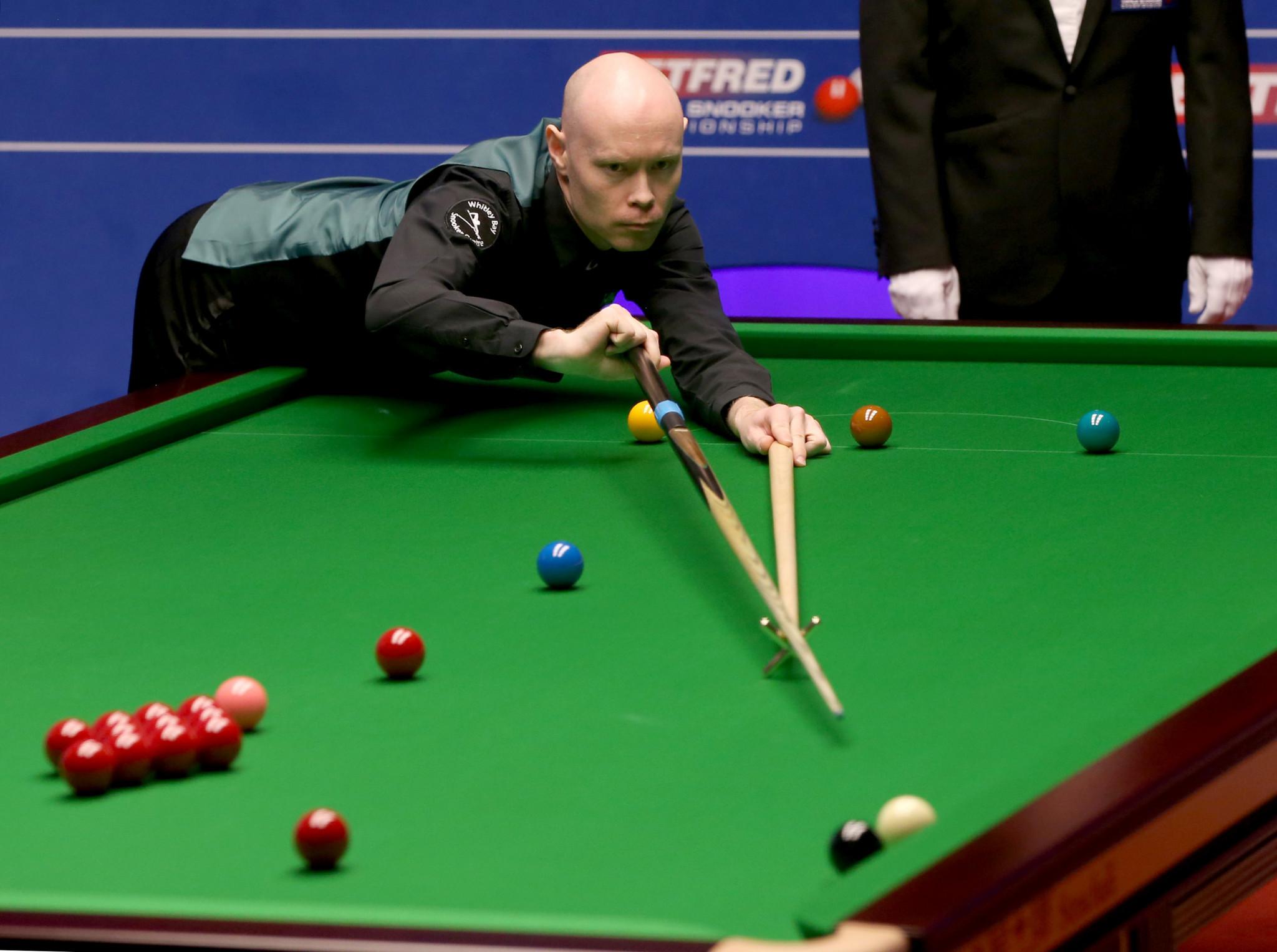Qualifier Wilson beats Carter to reach World Snooker Championship semi-finals