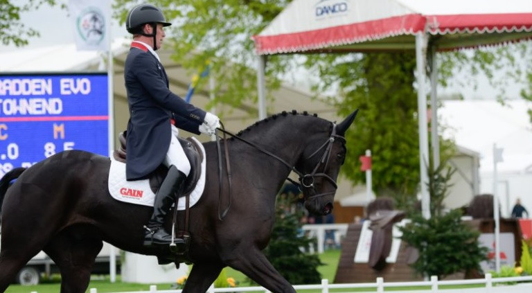 Townend takes commanding lead after record-breaking start to dressage event at Badminton Horse Trials