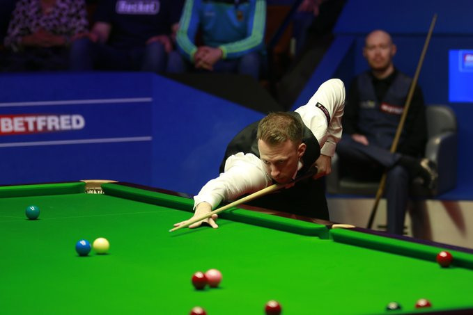 Higgins to face Trump in final of World Snooker Championship