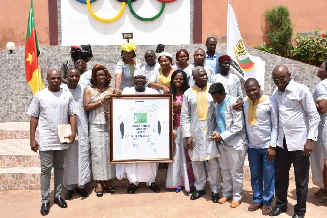 Cameroon National Olympic and Sports Committee award certificates to participants of sports management course
