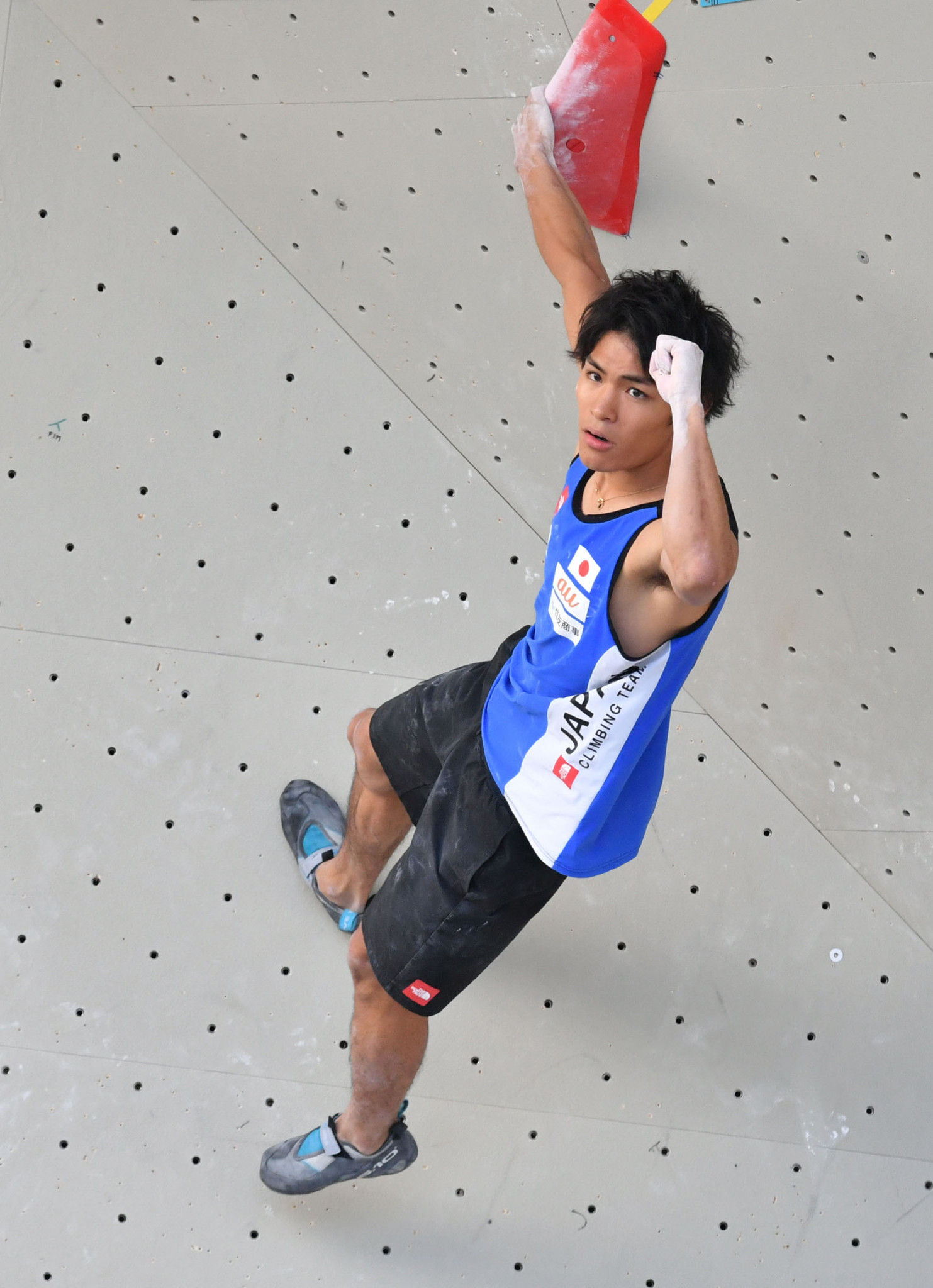 Japan's Tomoa Narasaki won the men's competition at today's IFSC Bouldering World Cup in Wujiang, China ©Getty Images