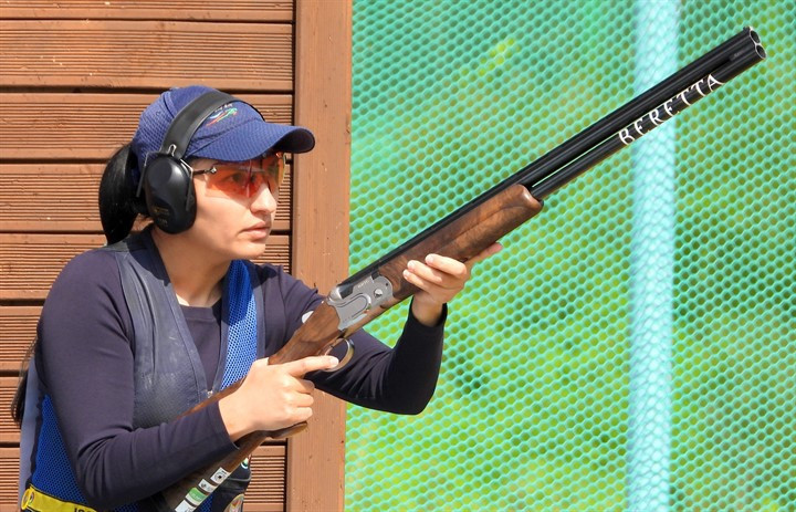 Diana Bacosi of Italy shot 74 out of 75 to head qualifying after the first three rounds of the women's skeet competition in the ISSF Shotgun World Cup in Changwon ©ISSF