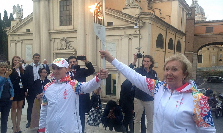 The European Games Flame of Peace begun its 50-day journey to Minsk at Ara Pacis in Rome last Friday ©FIAS