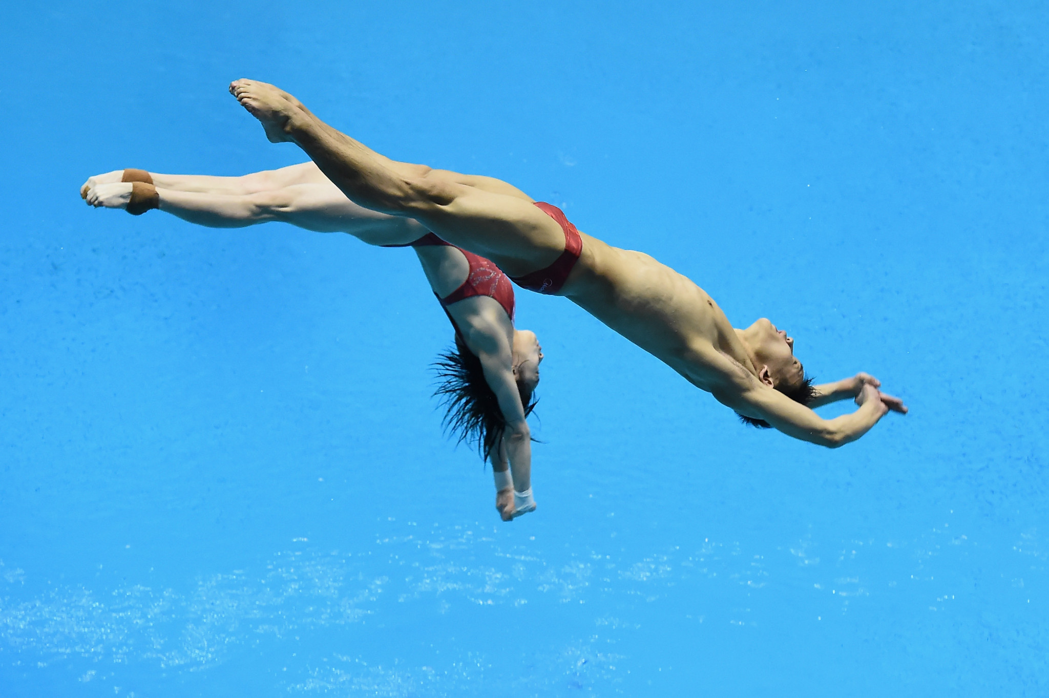 China claim three gold medals on opening day at FINA Diving World Series in Kazan