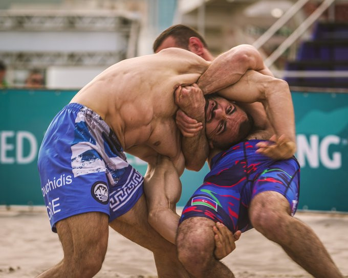 Two-time world champion Inam books quarter-final place at UWW Beach Wrestling World Series
