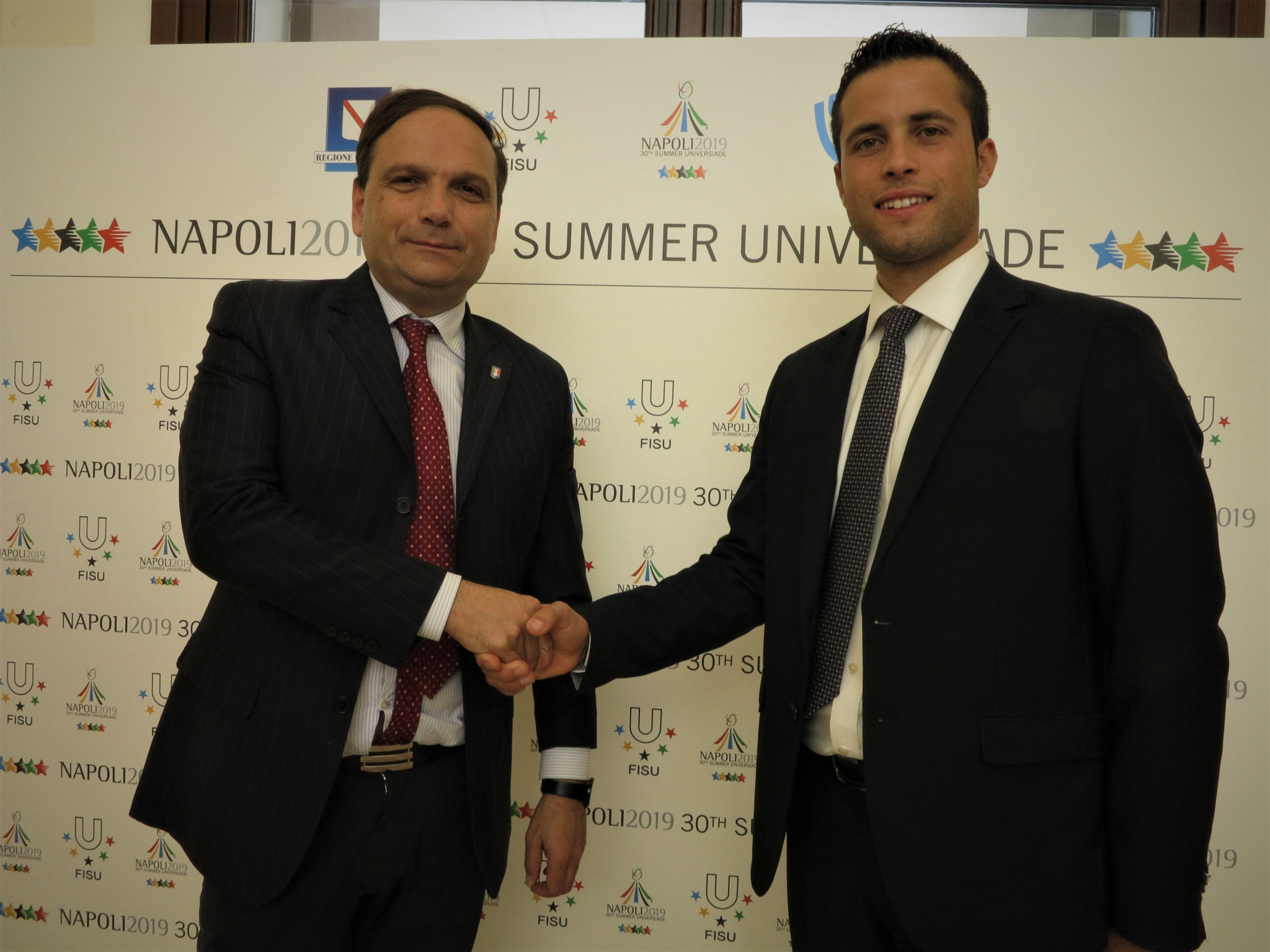 Naples 2019 Summer Universiade's Special Commissioner Gianluca Basile, left, at the signing of the Memorandum of Understanding with the Campania Youth Forum ©Napoli 2019
