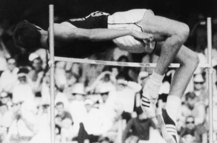 Dick Fosbury wins the Olympic high jump gold medal at Mexico City 1968 with a revolutionary technique that, unlike diving over the line, has proved to be reliably effective ©Getty Images