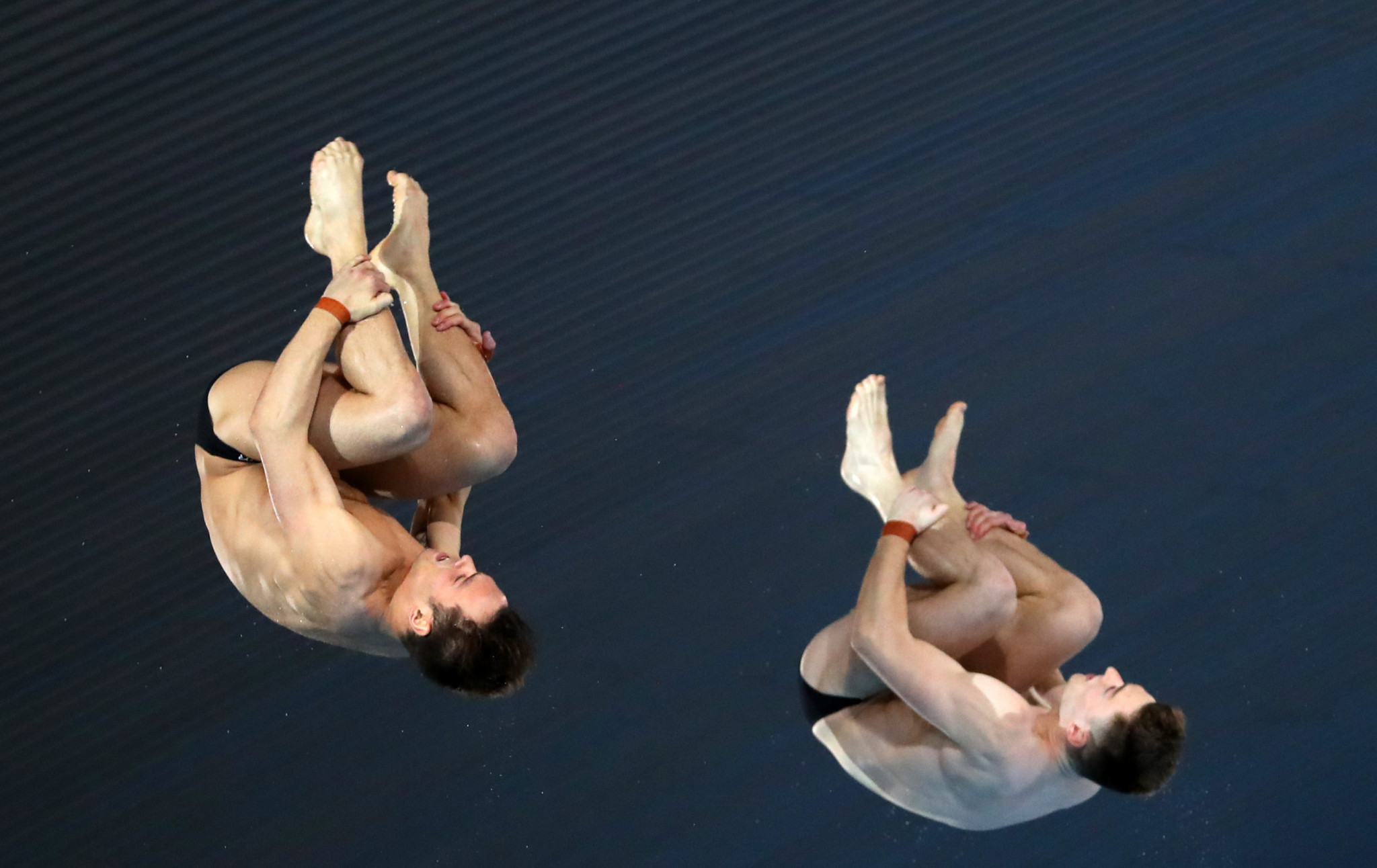 Daley and Lee deliver home gold at FINA Diving World Series in London