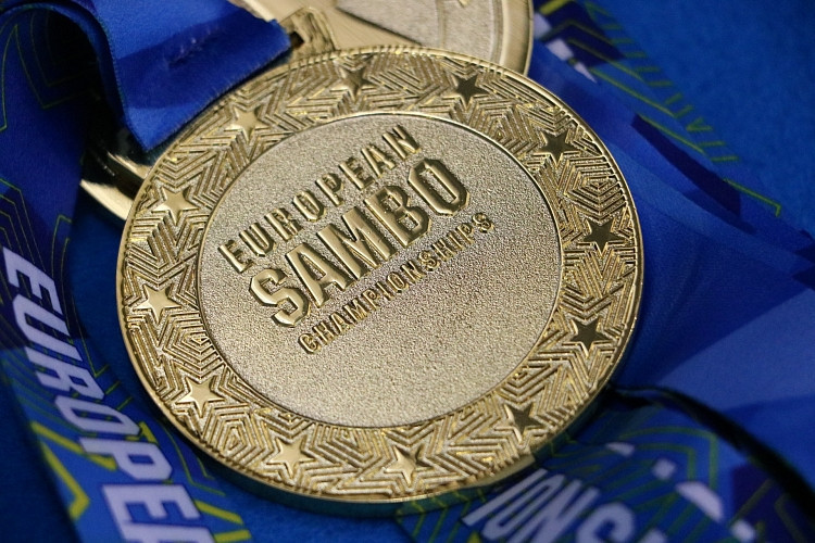 Gold medals shared four ways but Russia dominate first day of European Sambo Championships