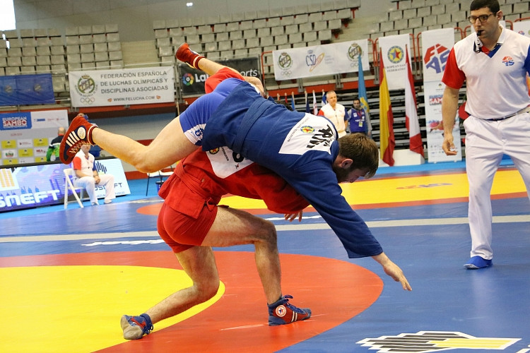 The event is due to conclude tomorrow when Russia will aim to continue their dominance ©FIAS