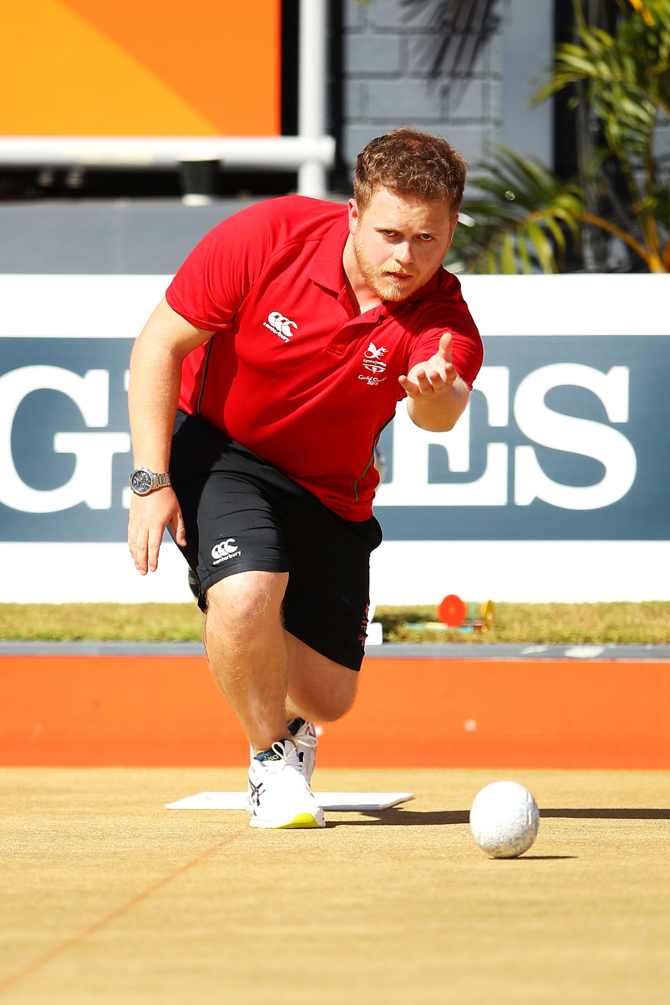 Home bowler Salmon knocks England's Walker off top spot at World Bowls Atlantic Championships in Cardiff