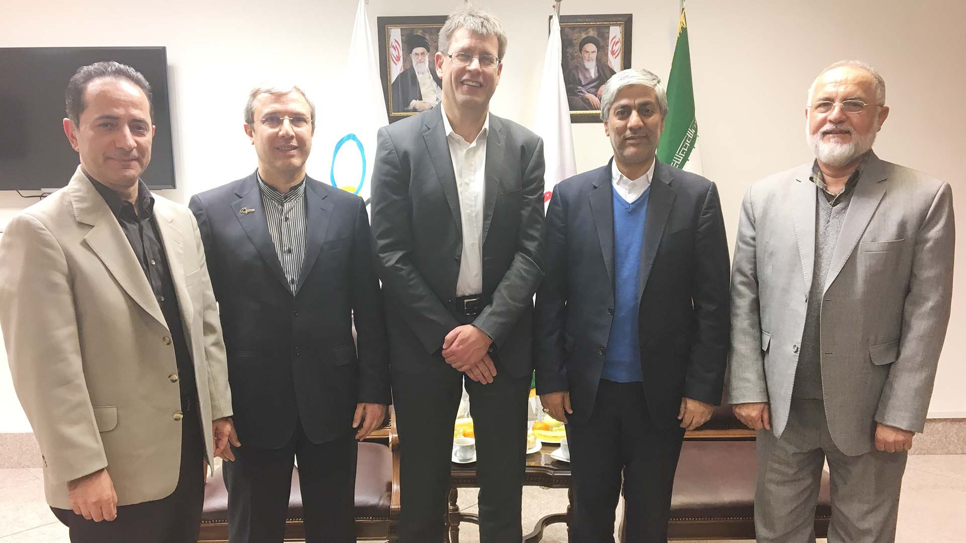 Shahrokh Shahnazi, right, has met several leading officials as secretary general of the National Olympic Committee of the Islamic Republic of Iran, including ITTF President Thomas Weikert ©ITTF