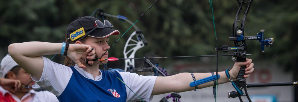 Croatian teenager breaks own cadet world record in women's compound qualification at Archery World Cup
