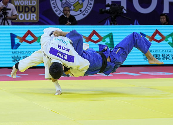 South Korea's Kim Won Jin came out on top in the men's under-60kg division ©IJF
