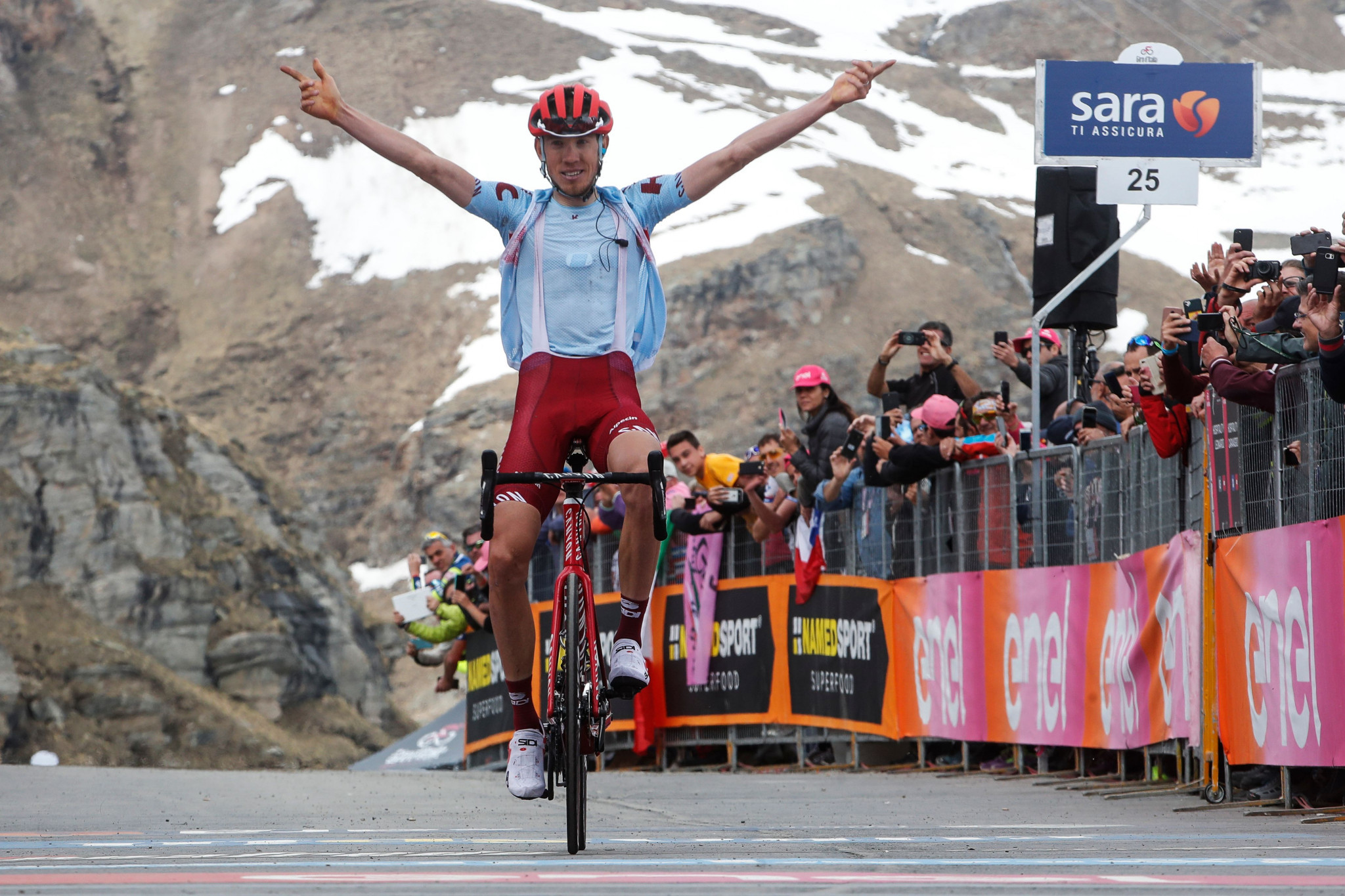 Zakarin wins Giro d'Italia stage 13 to stay in contention as Polanc remains overall leader