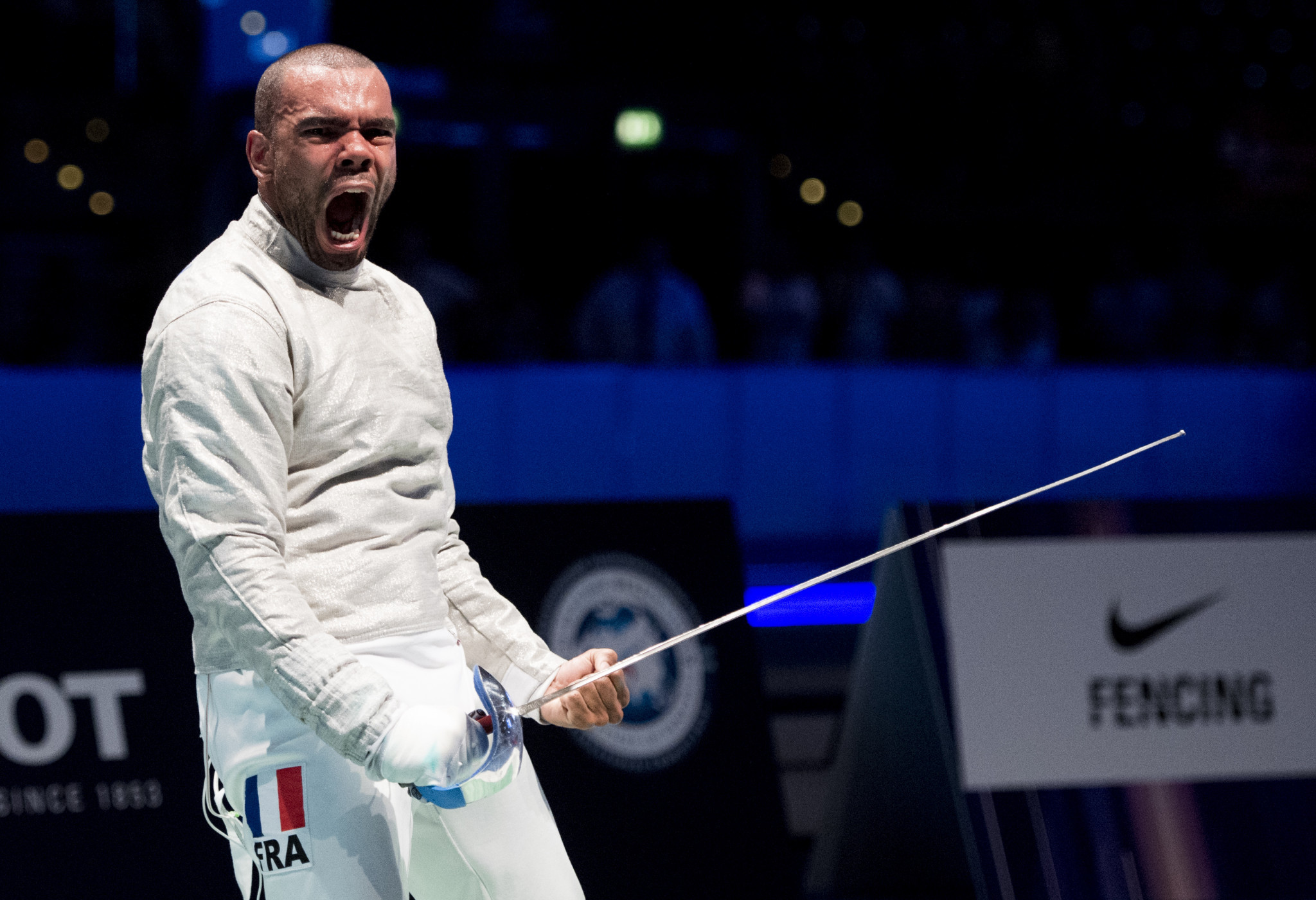 Frenchman Boladé Apithy stunned world number one Eli Dershwitz to claim gold in Moscow ©Getty Images