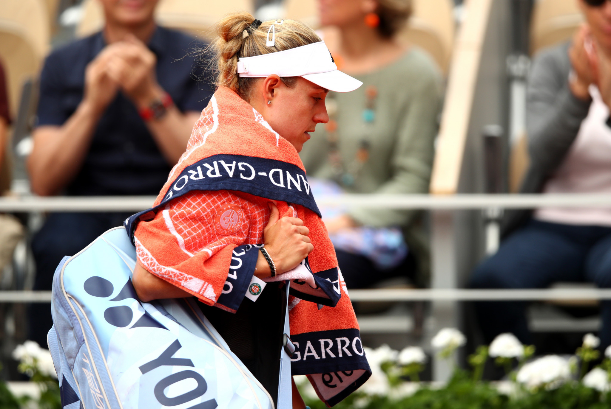 Potapova stuns Wimbledon champion Kerber in opening round of French Open