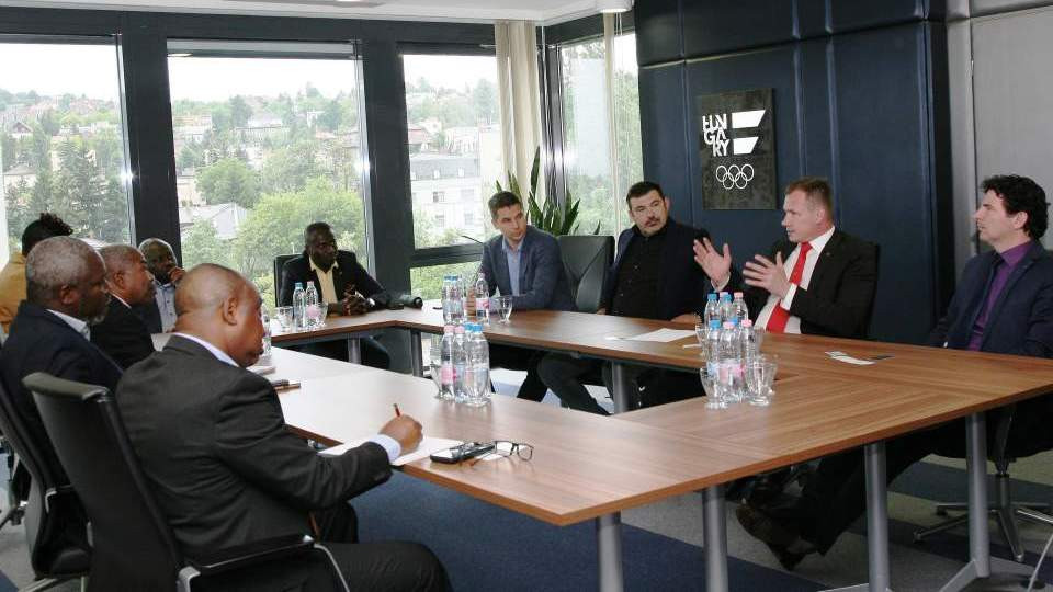 The agreement on the partnership followed a meeting in Budapest ©MOB