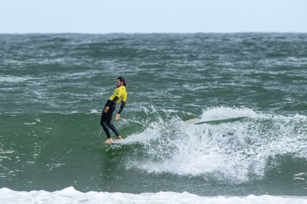 Delpero records first perfect ride at ISA World Longboard Surfing Championship