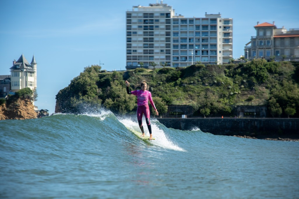 Soleil Errico of the United States has made the final of the women's main event on her debut appearance at the ISA World Longboard Surfing Championship ©ISA