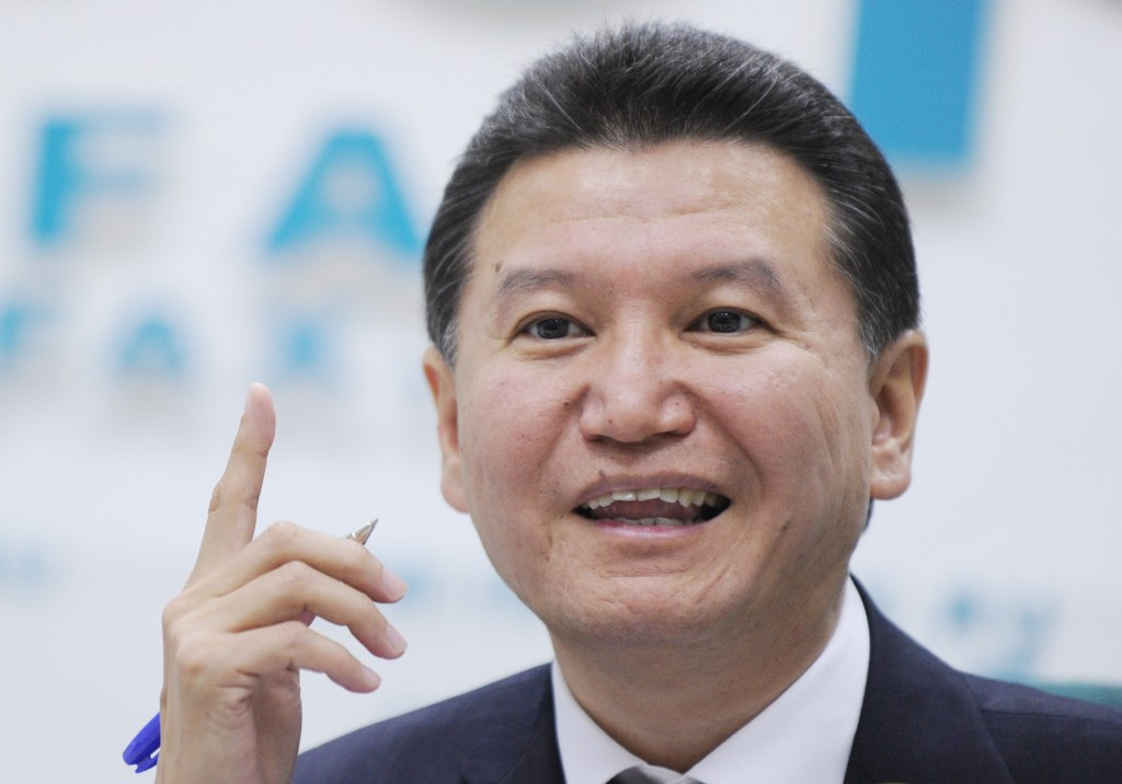 Kirsan Ilyumzhinov suggested players could use chess pieces made of ice to meet the requirements of the Olympic Charter