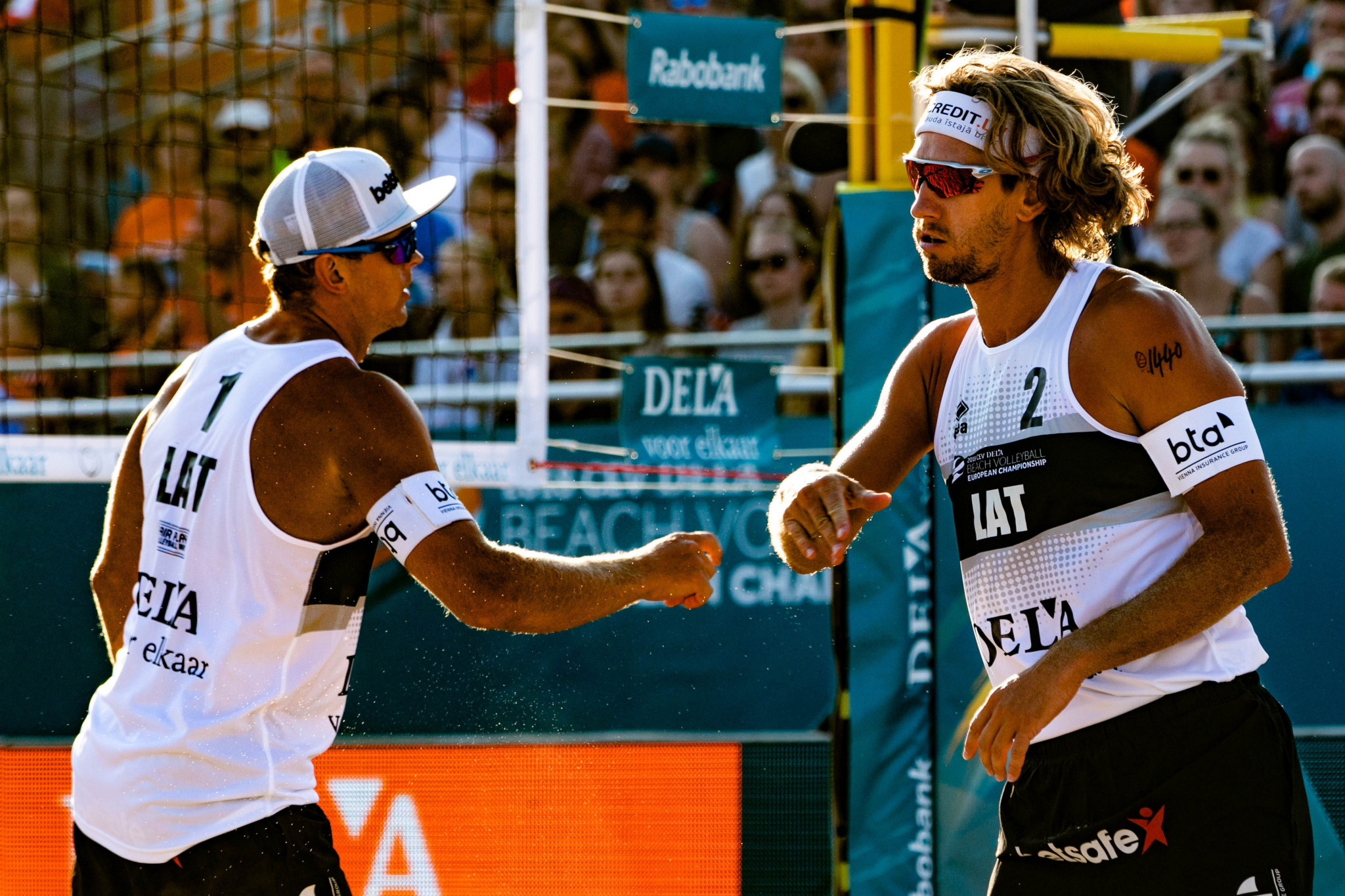 Latvians Samoilovs and Smedins defeated on day of surprises at FIVB Beach World Tour