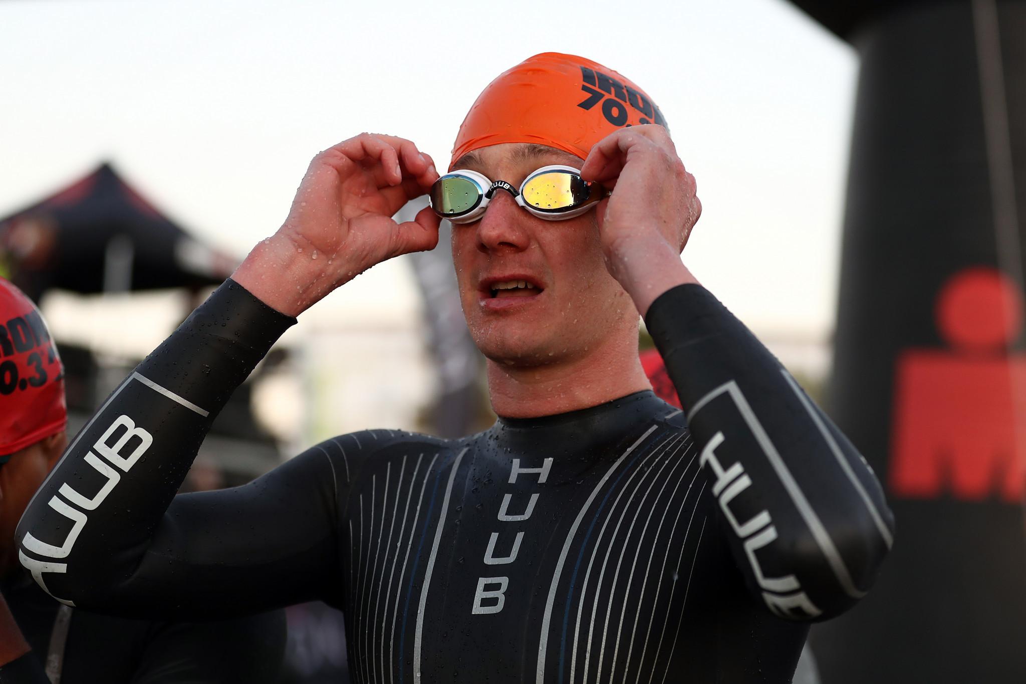 Brownlee blitzes the field in Triathlon European Championships in Weert to complete British double