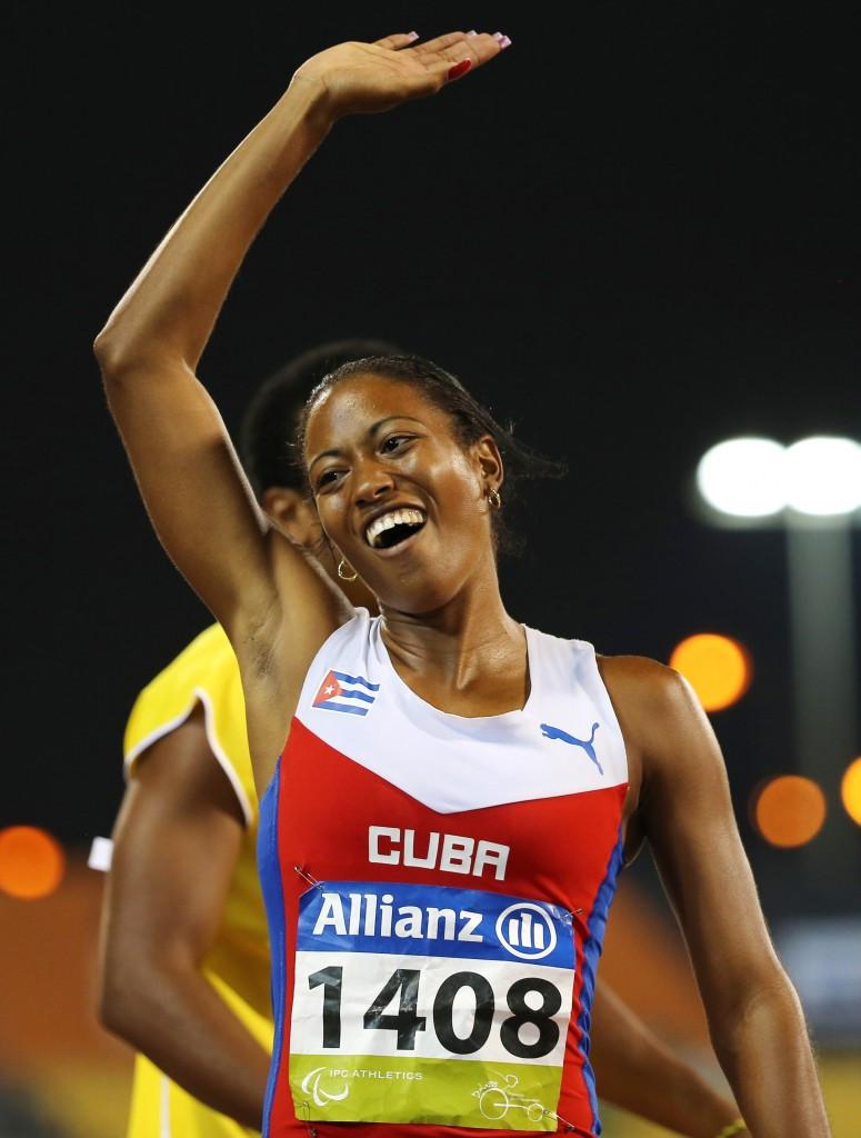 Omara Durand sealed a hat-trick of titles at Doha 2015