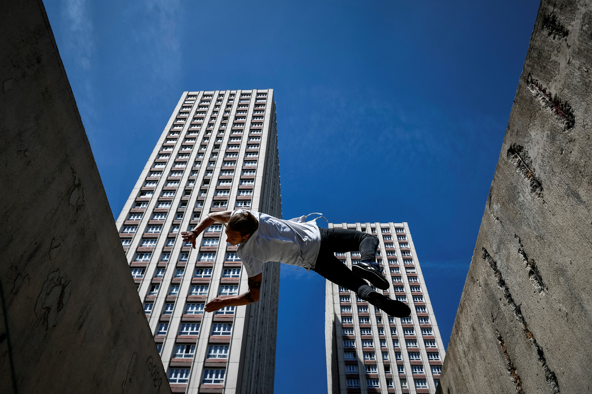 Frenchman Johan Tonnoir safely navigated qualifying for tomorrow's International Gymnastics Federation Parkour Freestyle World Cup ©Getty Images