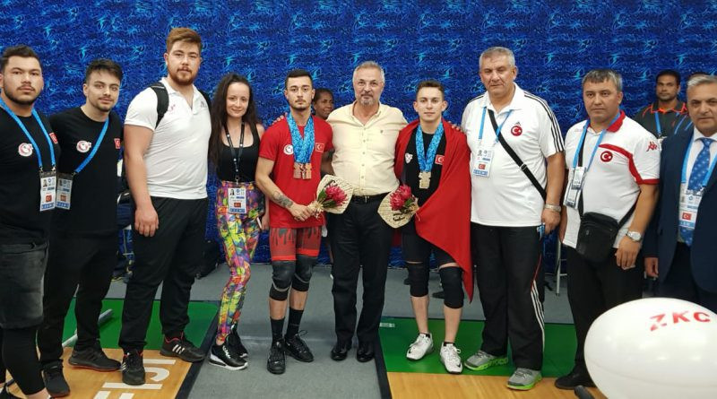 Turkey won gold, silver and bronze on a great day for them at the IWF Junior World Championships in Suva ©Turkey Weightlifting Federation