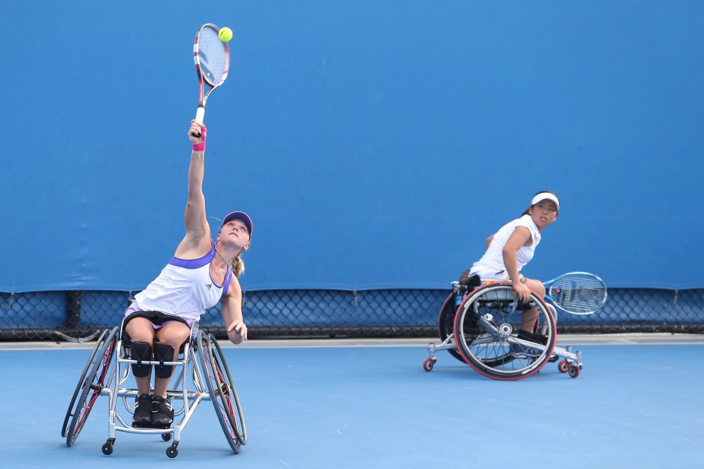 Defending champions Yui Kamiji and Jordanne Whiley began the women's tournament at the UNIQLO Wheelchair Doubles Masters with victory