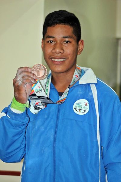 Samoa's Don Opeloge pulled off a victory for Oceania when he won the 89kg event at the IWF Junior World Championships in Fiji ©Twitter