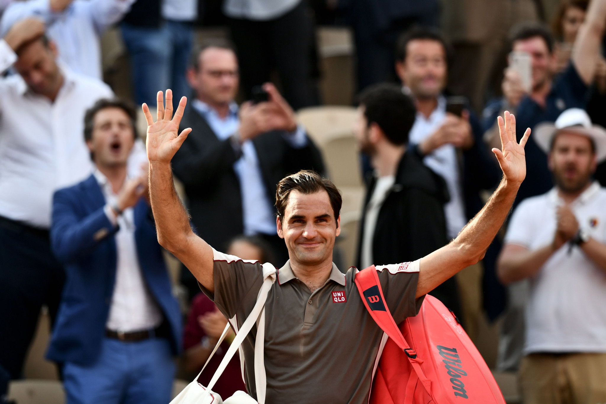 Switzerland's Roger Federer fought his way through to the French Open semi-finals after a three-hour four-set battle with countryman Stanislas Wawrinka ©Getty Images