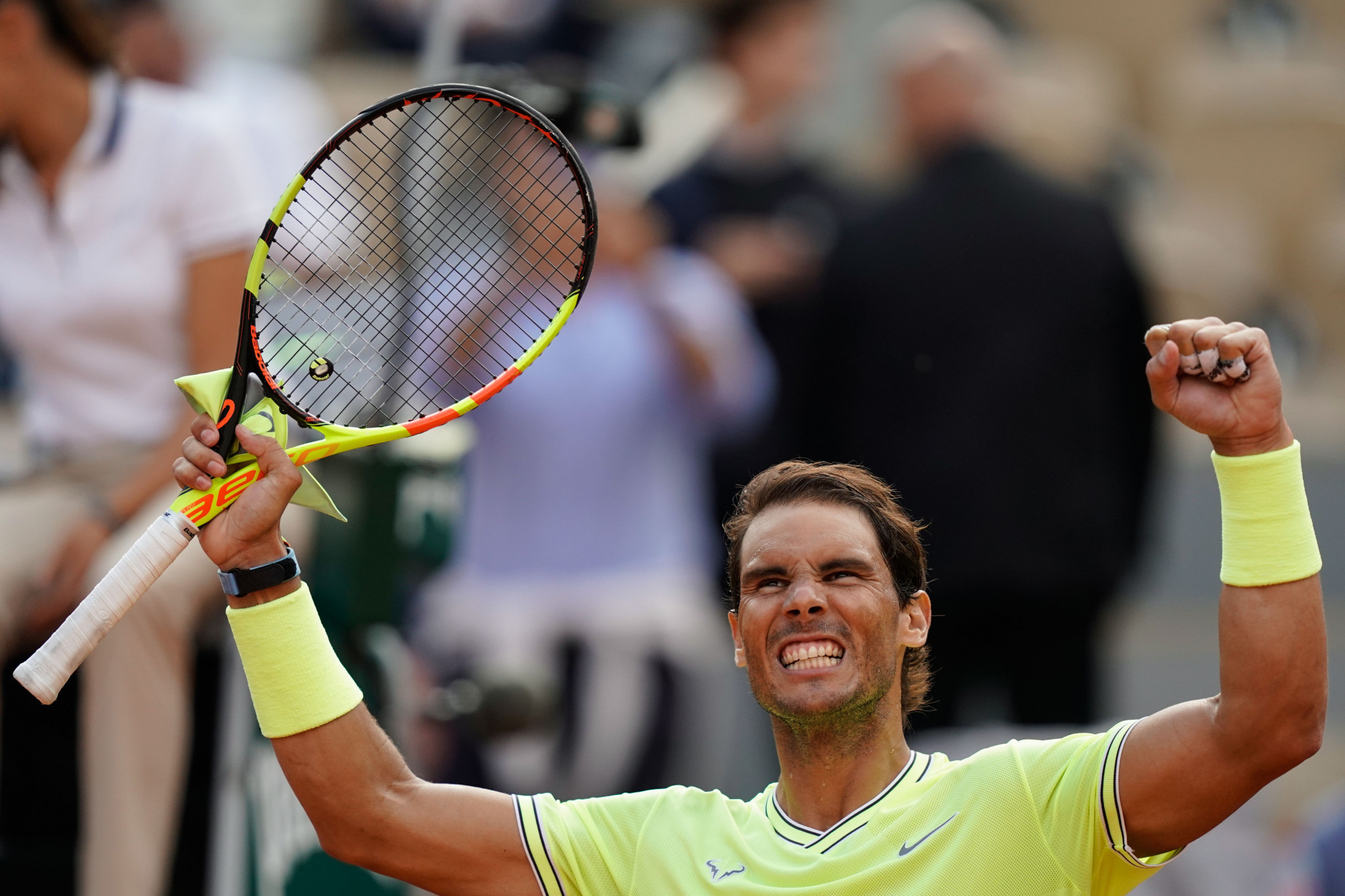 Nadal sets up titanic clash with Federer at French Open