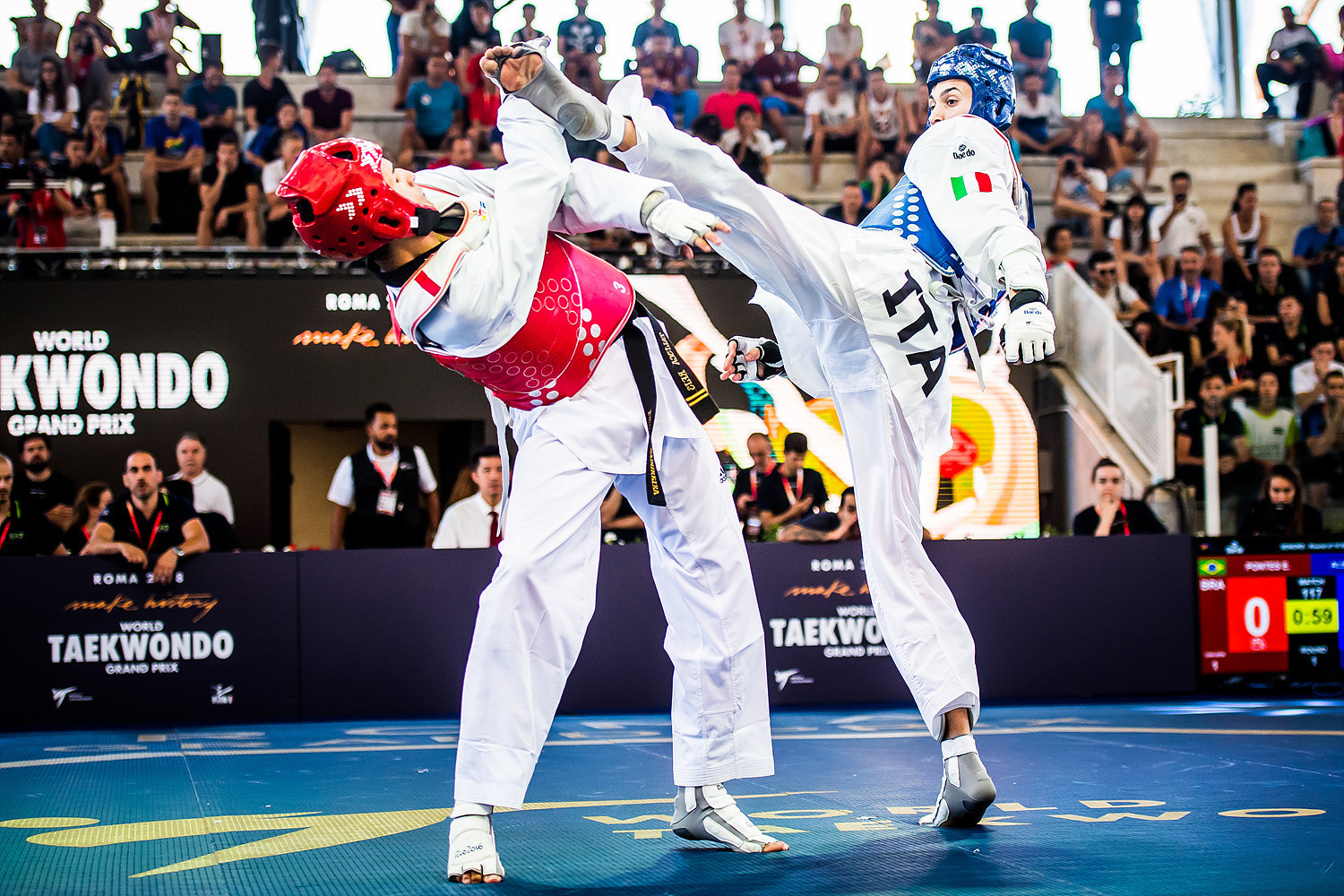 Italy's Simone Alessio, right, is one of four gold medallists from last month's Manchester 2019 World Taekwondo Championships that will compete in the opening WT Grand Prix Series event of the year which starts in Rome tomorrow ©WT