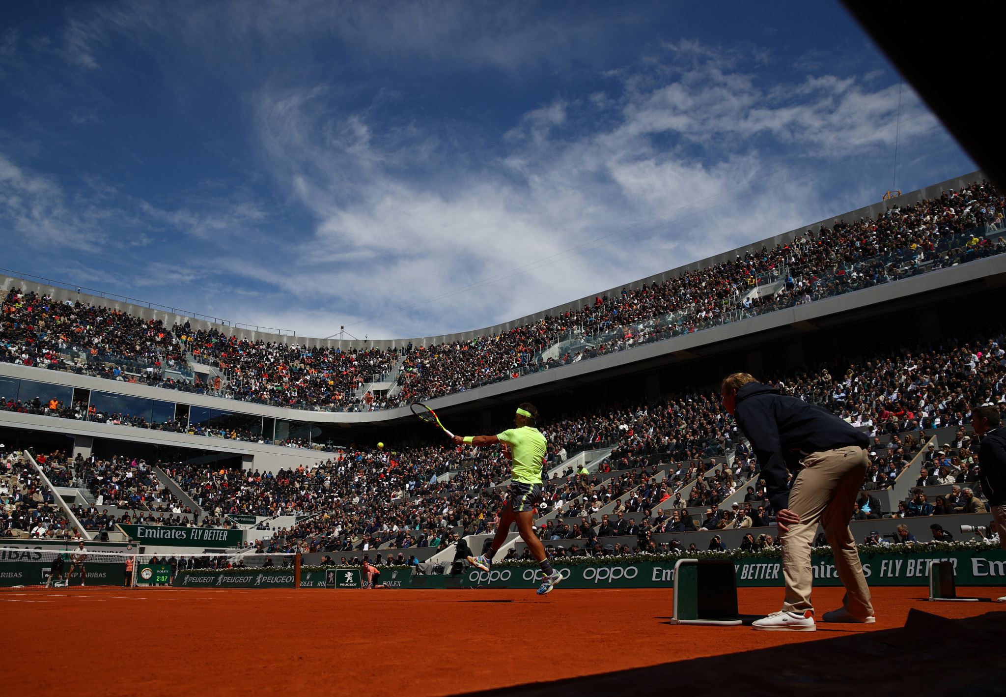 Clay court master Nadal too strong for Federer at Roland Garros