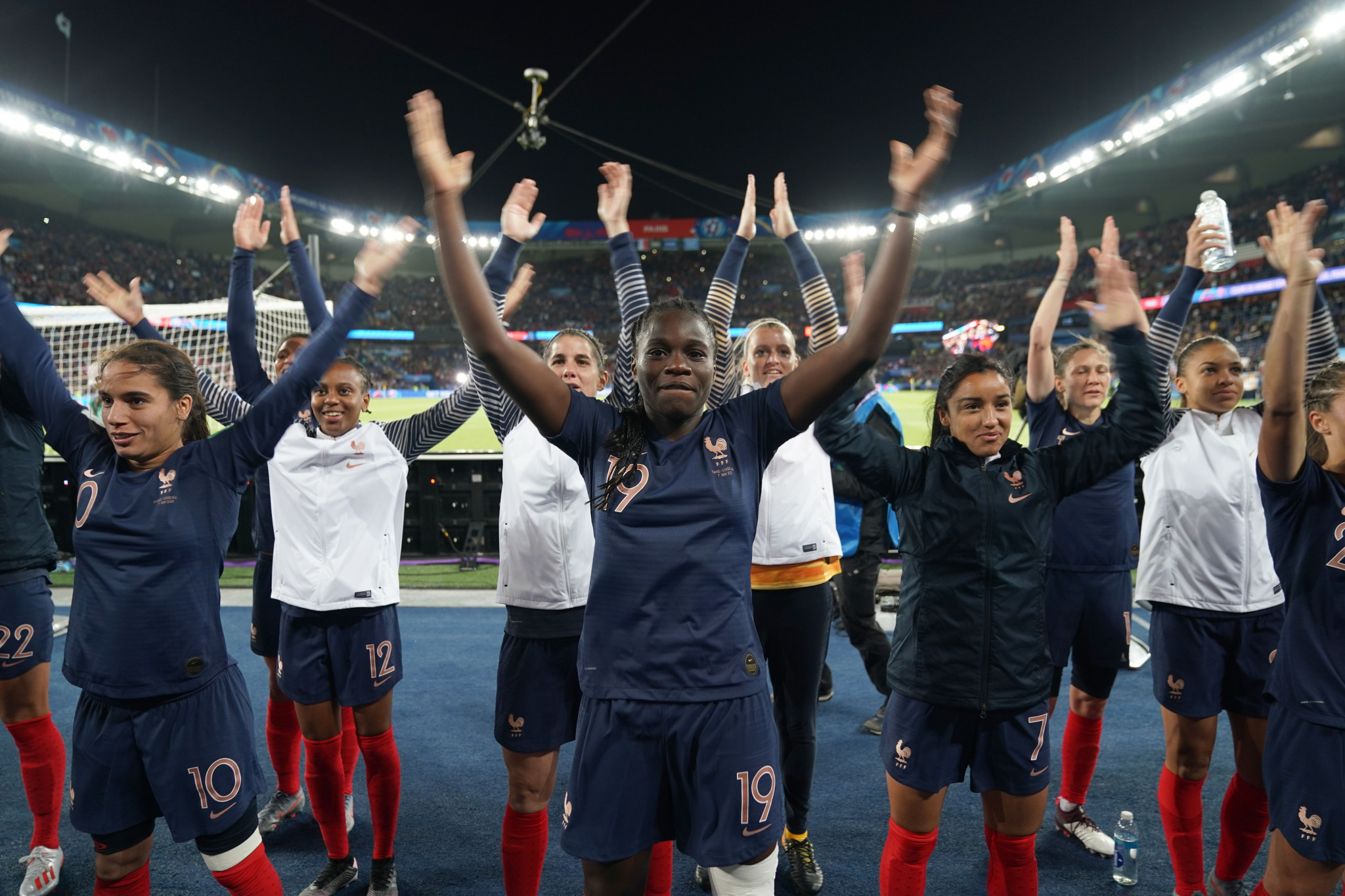 The team celebrated with the French fans after the final whistle ©Getty Images