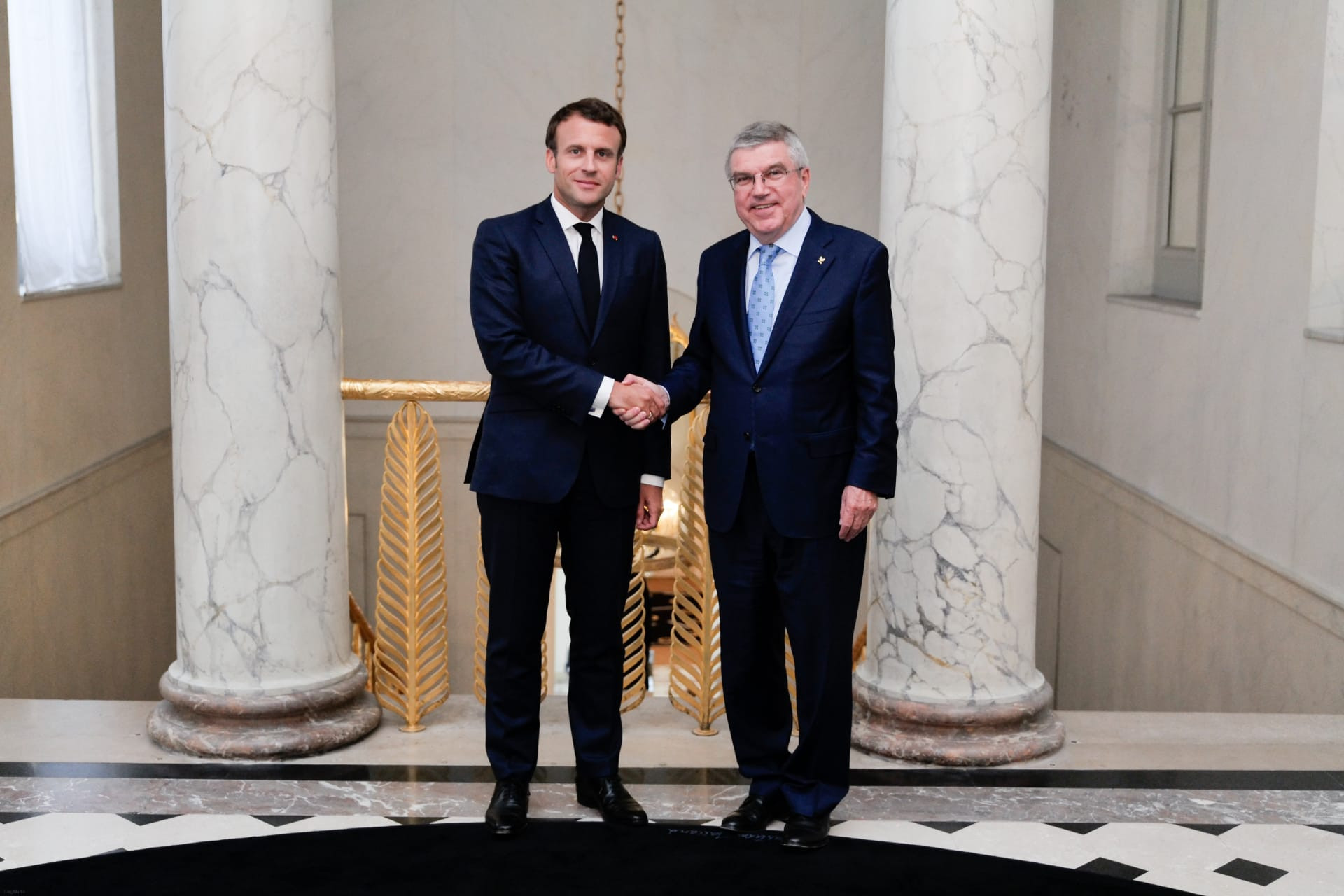 Paris 2024 high on agenda as Macron welcomes Bach to Élysée Palace