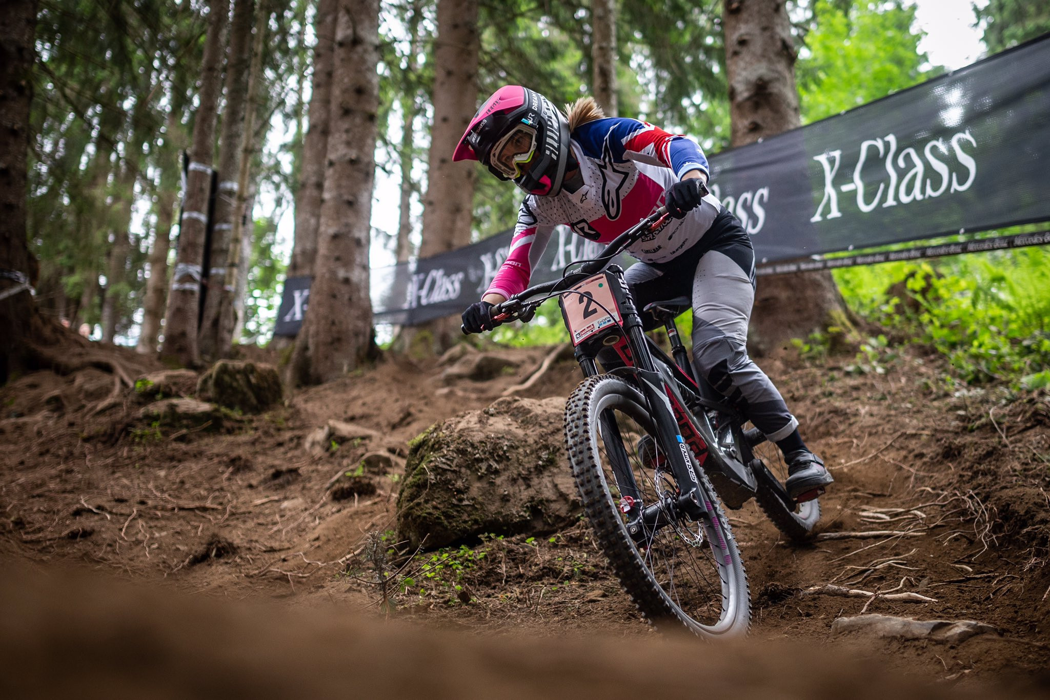 Hannah moves top of women's Mountain Bike World Cup standings with victory in Leogang as men's world champion Bruni asserts authority