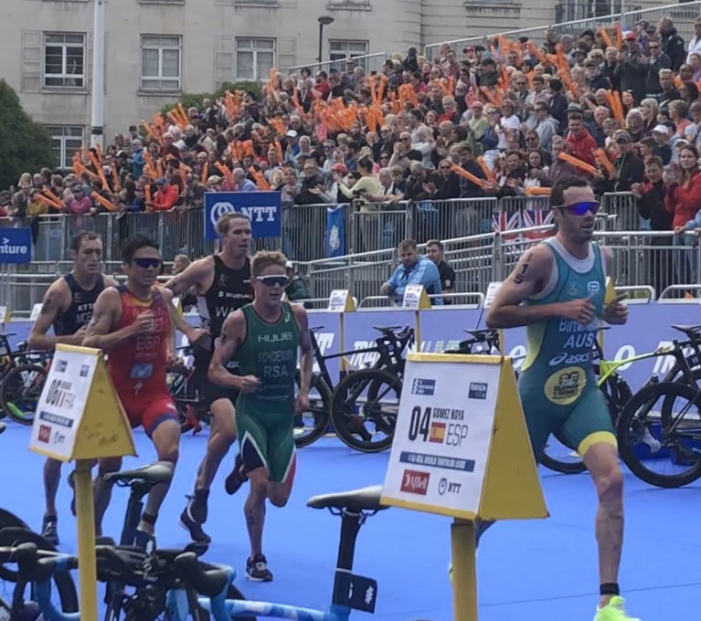 Birtwhistle earns first Triathlon World Series win as Brownlee brothers endure disappointing weekend in Leeds