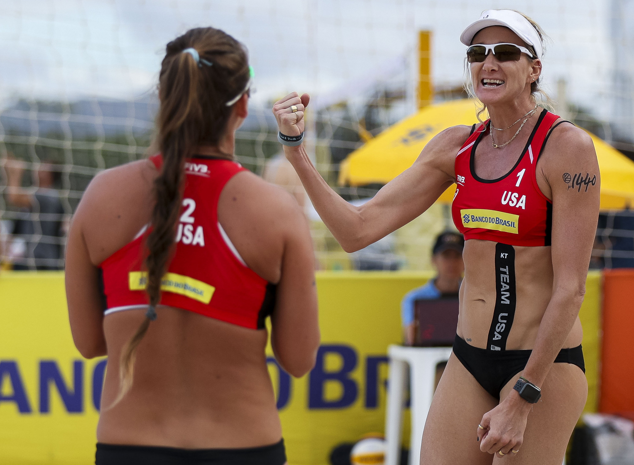 Kerri Walsh Jennings, right, and Brooke Sweat of the United States won the FIVB World Tour title in Jinjiang in China - a performance which earned them team honours in the May Team USA awards ©Getty Images