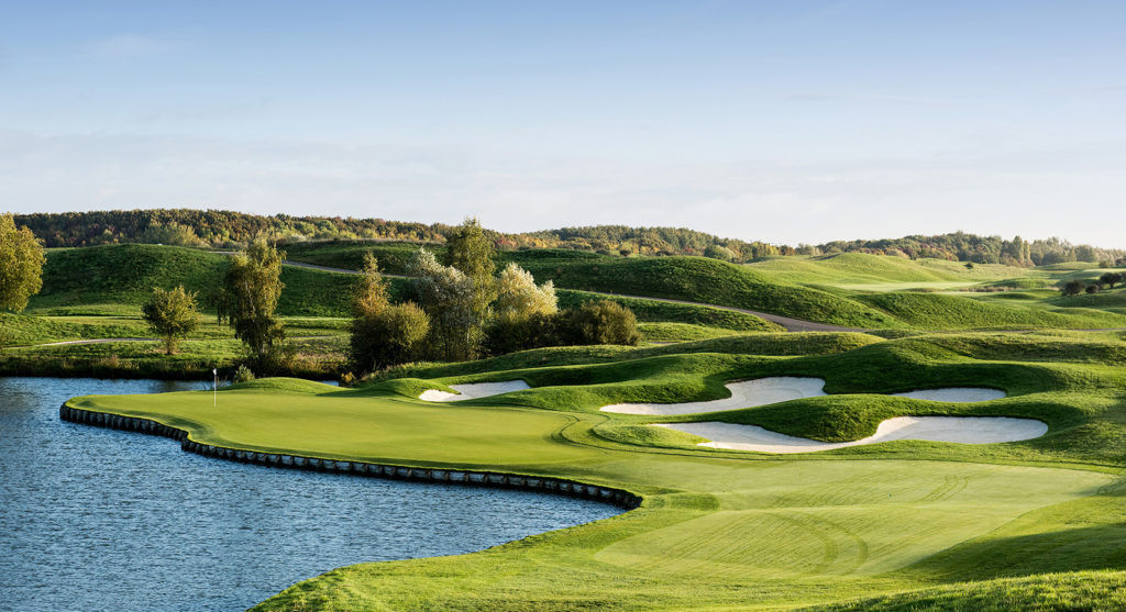 Golf National de Saint-Quentin-en-Yvelines will stage the Paris 2024 tournament ©Le Golf National