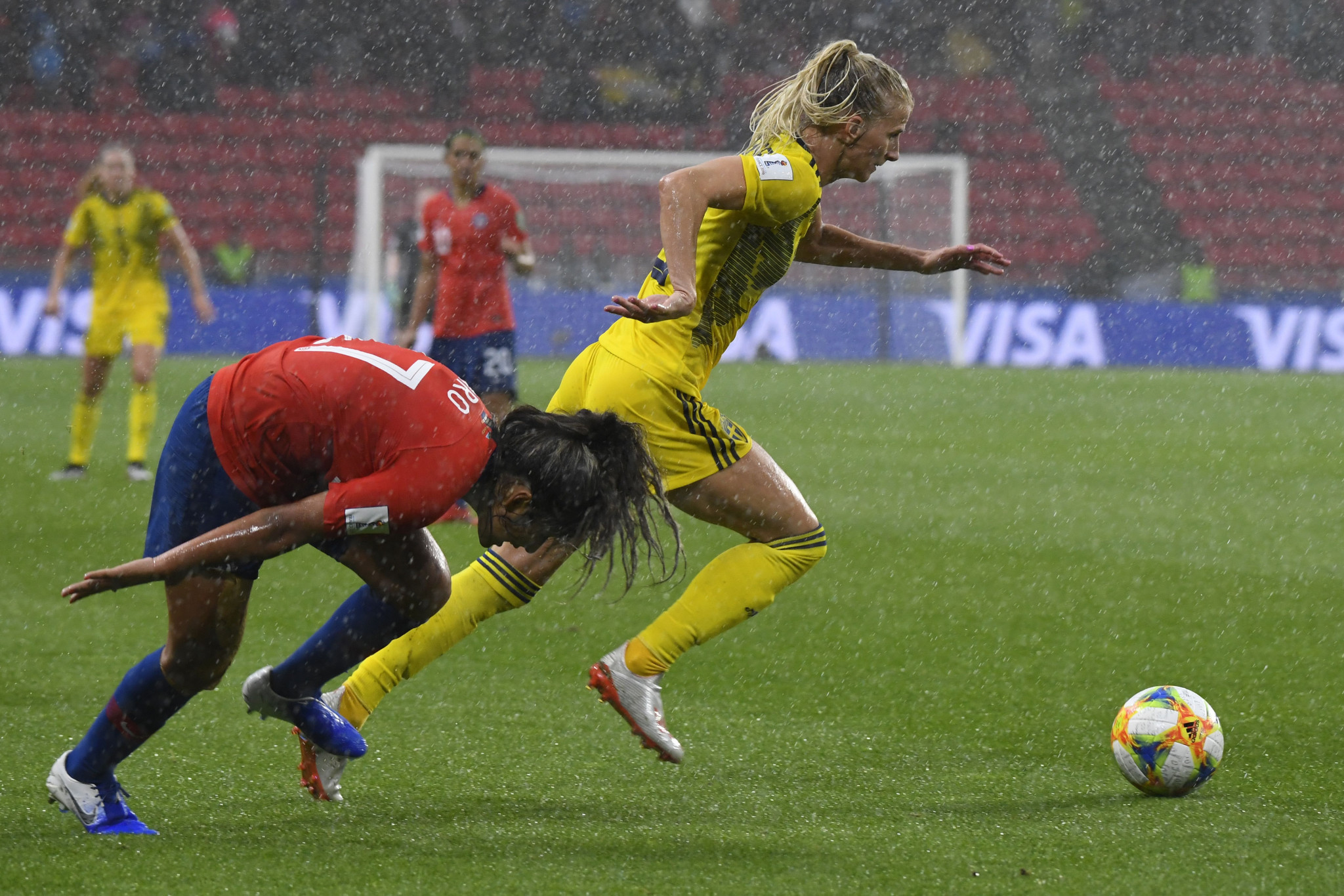 The referee halted the game in the 72nd minute due to the weather conditions ©Getty Images