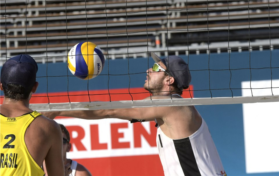 Switzerland's Quentin Métral and Yves Haussener booked their place in the main draw of the men's event ©FIVB