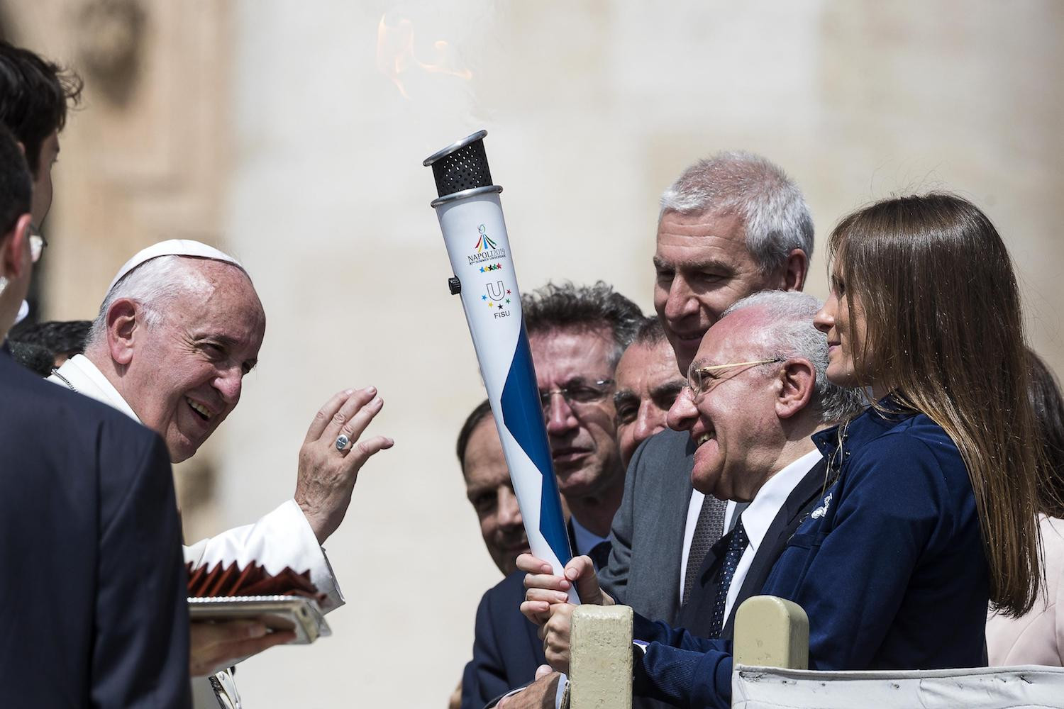 Naples 2019 Torch Relay reaches Vatican to be blessed by Pope