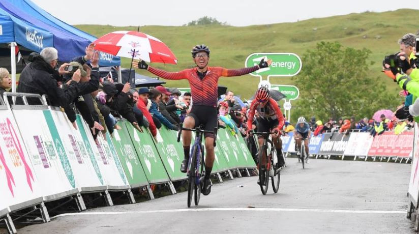 Niewiadoma holds off Lippert to claim Ovo Energy Women's Tour stage-four victory