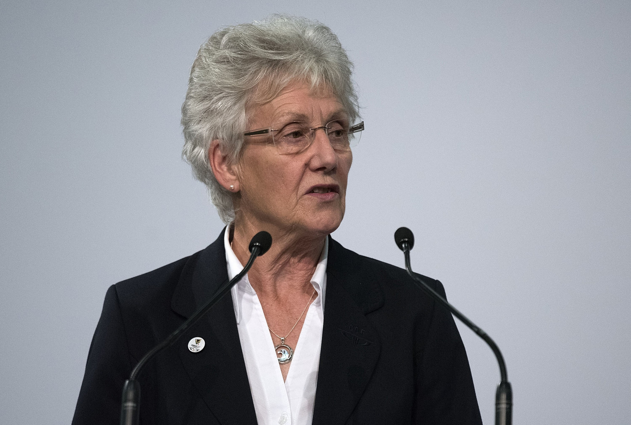 Dame Louise Martin speaking after becoming CGF President in Auckland in 2015 ©Getty Images